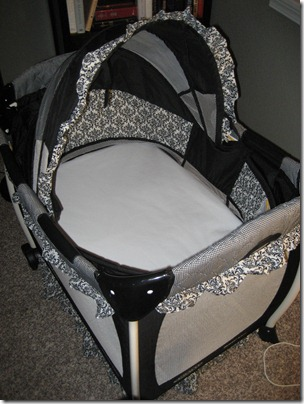 Bassinet after - with mattress cover